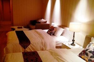 广州铂晶・合生广场酒店公寓(豪华双床房)