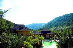 保亭呀诺达雨林一号度假酒店(【含早】高级双床房+2张呀诺达景区门票)
