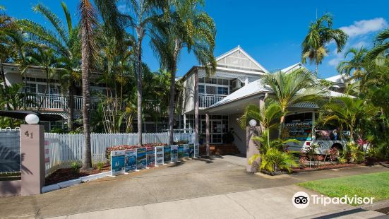 礁石棕櫚汽車旅館
